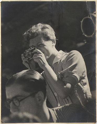 Robert Capa, Magnum y el fotoperiodismo hoy Raúlgorta en modo ráfaga Fotografía fotoperiodismo y Social Media